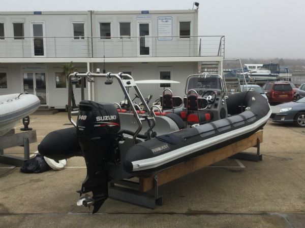 1480 - stock - ribquest 6.3 rib with sukuki df140etl engine - aft starboard quarter 3_l