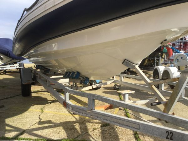 1408 - stock - ribeye 650s rib with yamaha f150aetx outboard - starboard side hull_l