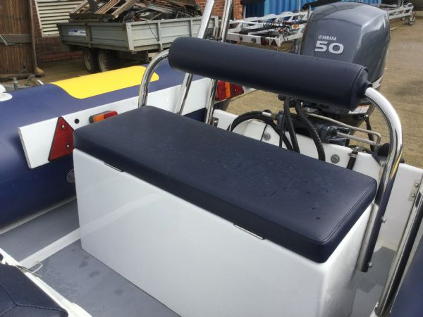 1466 - stock - ribtec 4.55 rib with yamaha f50fetl engine and trailer - rear bench_l