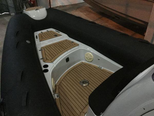 Used Fairline Targa 33 Sports Cruiser with Twin Volvo KAD44