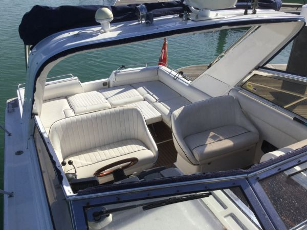 1469 - brokerage -fairline targa 33 with twin volvo kad300 edc engines - cover off_l