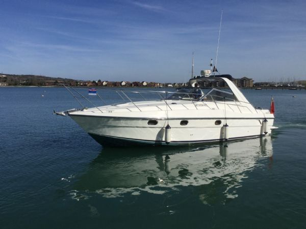 1469 - brokerage -fairline targa 33 with twin volvo kad300 edc engines - on water 1_l