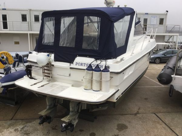 1469 - brokerage -fairline targa 33 with twin volvo kad300 edc engines - stern_l