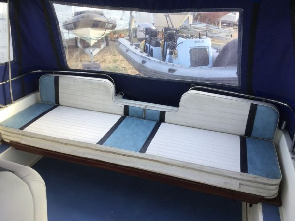 brokerage - 1452 - fairline sunfury cruiser with yamaha turbo diesel engine - rear bench_l