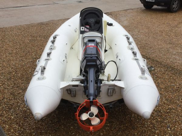 1247 - zodiac 3.4 rib with yamaha 25 two stroke and trailer - aft_l