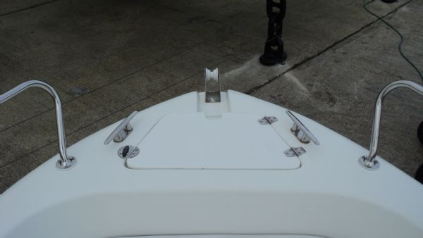 1267 selva 530 hard with evinrude etec 25hp engine and trailer - anchor locker_l (1)