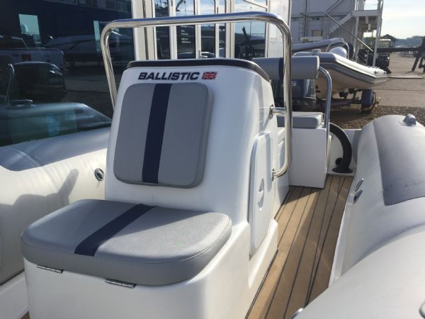 1423 - ballistic 4.3m rib with yamaha f25hp outboard engine and trailer - console seat(1)_l