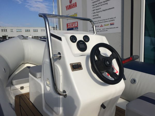 1423 - ballistic 4.3m rib with yamaha f25hp outboard engine and trailer - console(1)_l