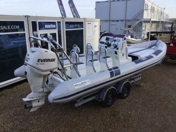1435 - ballistic 7.8m rib with evinrude 250hp outboard and trailer - aft stb 2_l