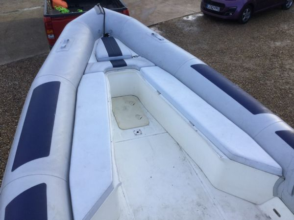 1435 - ballistic 7.8m rib with evinrude 250hp outboard and trailer - vee seat2_l