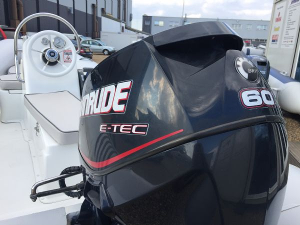 1436 - excel 470 rib with evinrude 60hp outboard engine and trailer - engine_l