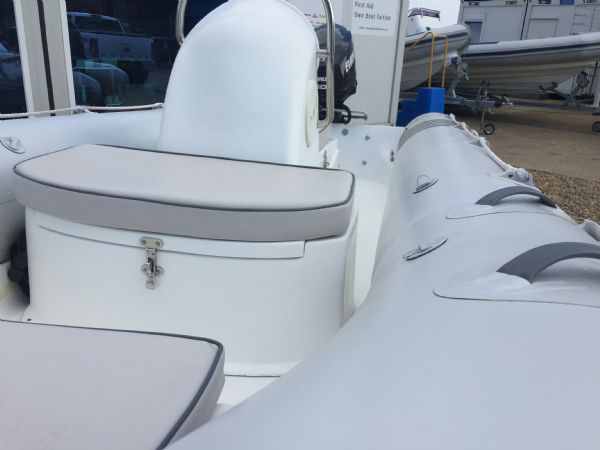 1436 - excel 470 rib with evinrude 60hp outboard engine and trailer - port side view_l