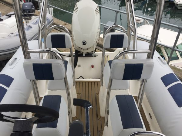 1410 - ballistic 6.5m rib with evinrude etec 175hp outboard engine and trailer - seating layout_l