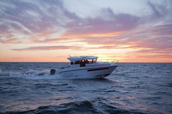 finnmaster pilot 8 with yamaha outboard engine - main side shot_l