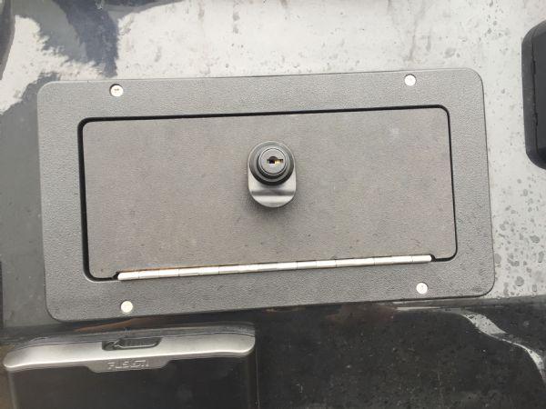 1434 - ribcraft 585 rib with suzuki 140hp outboard engine - console locker_l