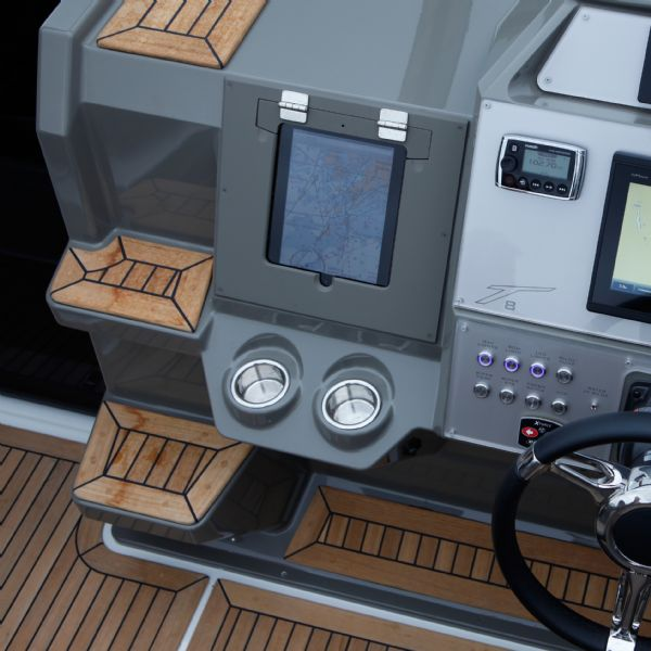 finnmaster t8 with yamaha outboard - cup holders_l