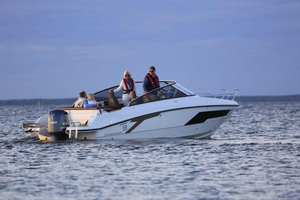 finnmaster t8 with yamaha outboard - lifestyle shot on water from stern_l