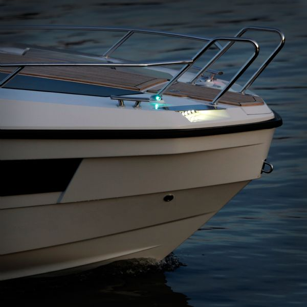 finnmaster t8 with yamaha outboard - navigation lights_l