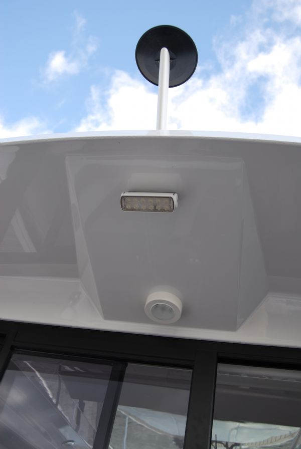 finnmaster pilot 7 weekend with yamaha outboard engine - lighting_l
