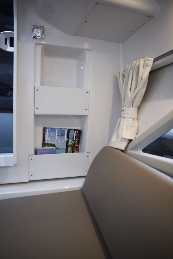 finnmaster t7 with yamaha outboard - bench seats and storage_l