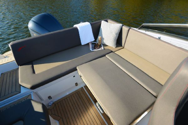 finnmaster t7 with yamaha outboard engine - bench seats_l
