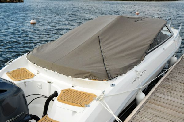 finnmaster 68 day cruiser with yamaha outboard engine - boat cover_l