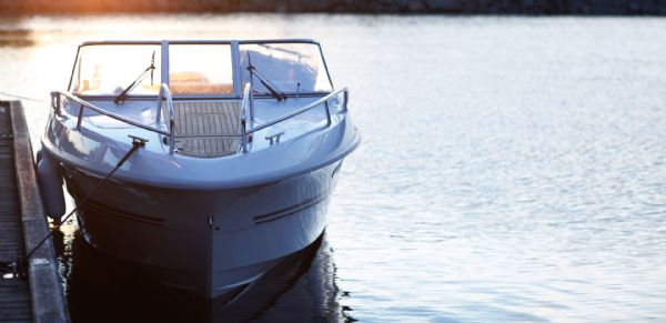 finnmaster 68 day cruiser with yamaha outboard engine - bow_l