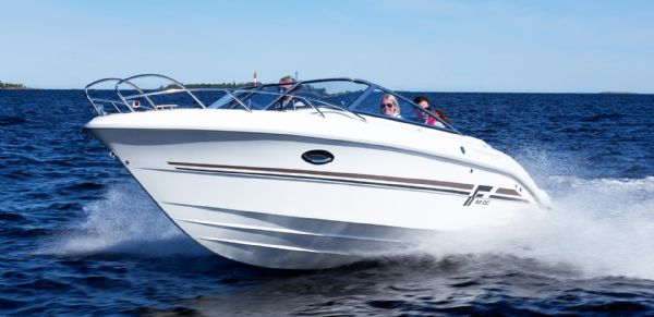 finnmaster-68-day-cruiser-with-yamaha-outboard-engine-main-bow-shot-l - thumbnail.jpg