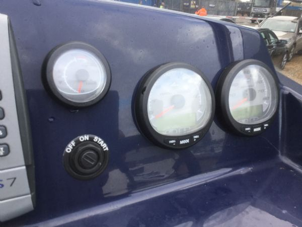 1429 - renegade 720 with mariner 150hp outboard engine and trailer - mercury gauges_l