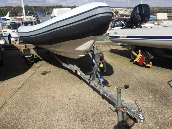 1425 - tornado 5.3m rib with mariner 75hp outboard engine and trailer - hull and trailer_l