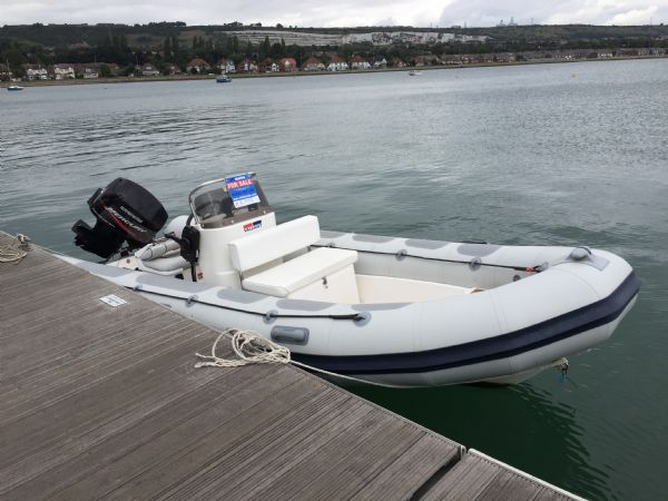 1424-valiant-520-rib-with-mercury-50hp-outboard-engine-and-trailer-main-on-water-l - thumbnail.jpg