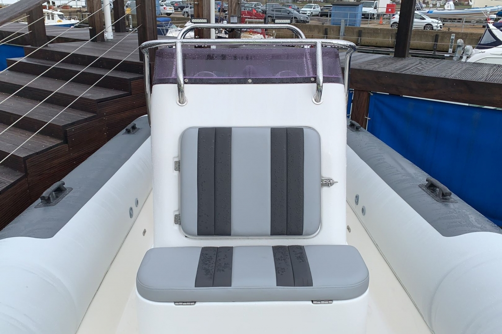 1565 - Stock - Ballistic 5.5 RIB with Evinrude ETEC 75 engine and Trailer - Console seating