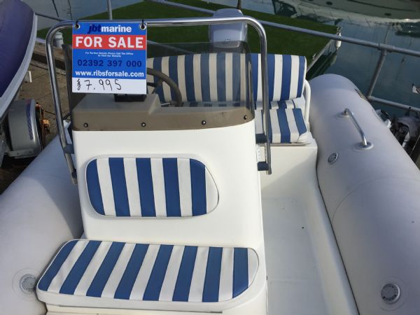 1409 - zodiac medline rib with mariner 60hp outboard engine and trailer - seating overview_l