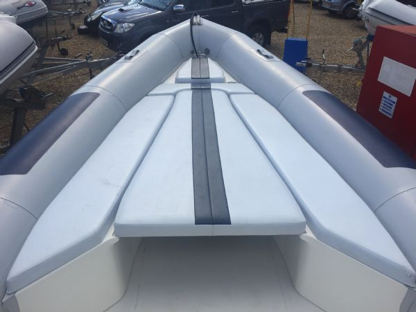 1419 - ballistic 7.8m rib with evinrude etec 250hp outboard engine and trailer - bow_l