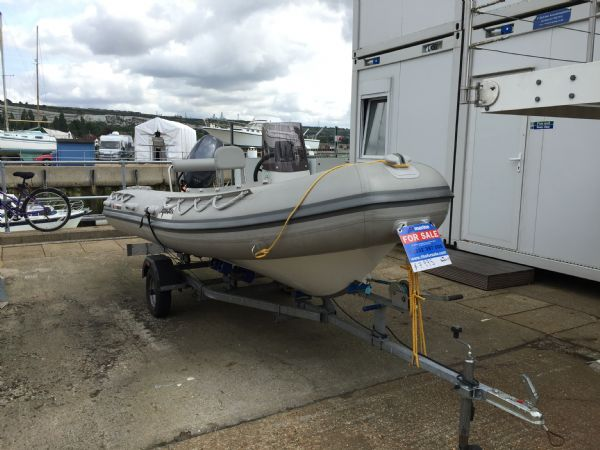 1414 - x pro sea rover 4.2m rib with yamaha f30hp outboard engine and trailer - main bow_l