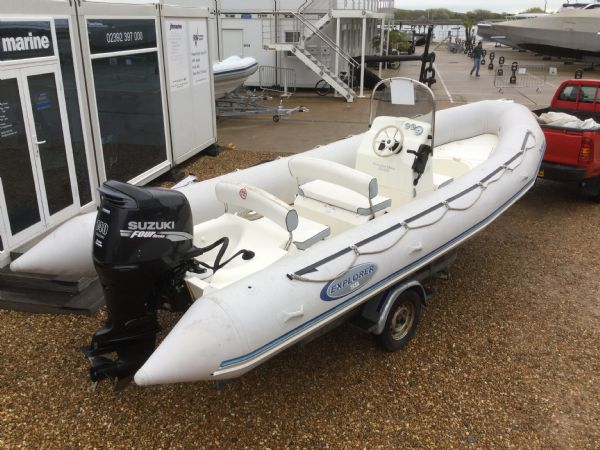1393 - bombard 640 rib with suzuki 140hp outboard engine and trailer - aft port quarter 3_l