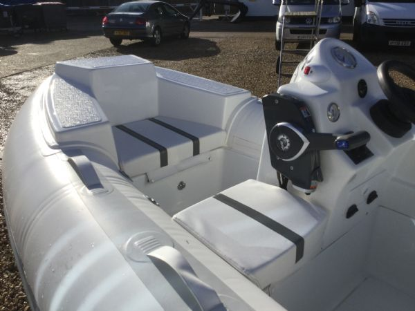 1406 - ballistic 3.4m rib with evinrude etec 40hp outboard engine and trailer - forward seating_l