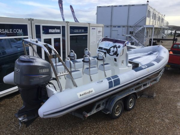1404 ballistic 7.8m rib with yamaha 250hp outboard engine and trailer - aft starbaod qtr_l