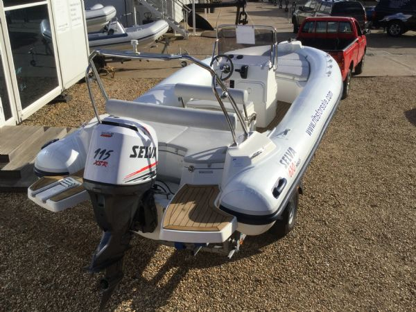 stock - 1286 - selva d630 emotion rib with selva 115 xsr engine - aft starboard quarter_l