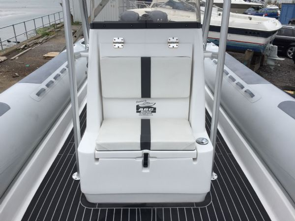 1397 ab oceanis front console_l