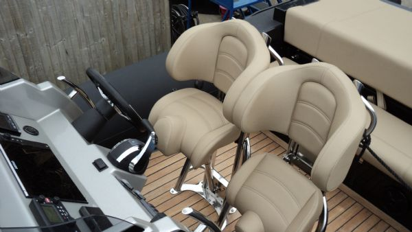 shearwater 890 rib for sale with mercury verado 300 outboard - helm seats_l