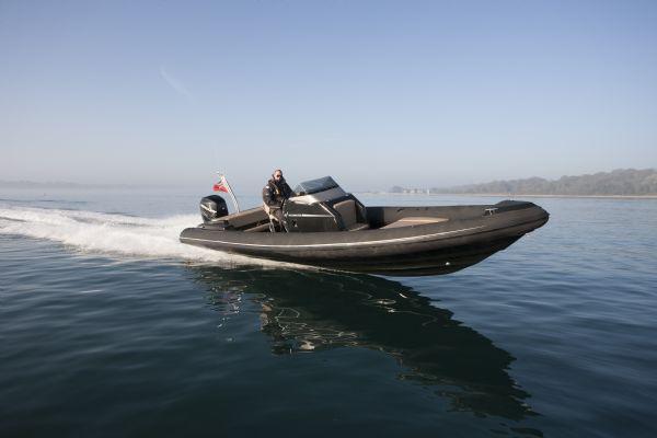 shearwater 890 rib with mercury verado 300 outboard - main_l