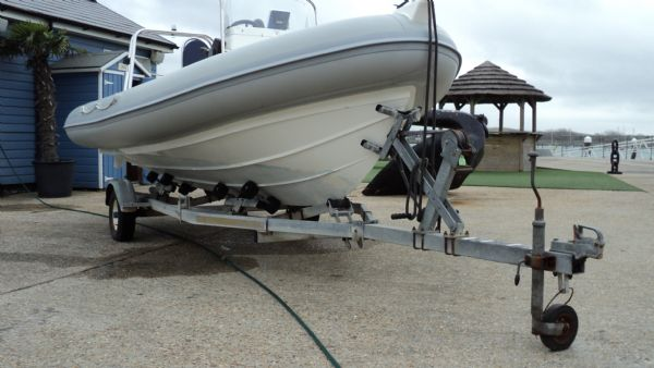 brokerage - 1379 - ribeye 500 rib with honda df50 engine - trailer_l