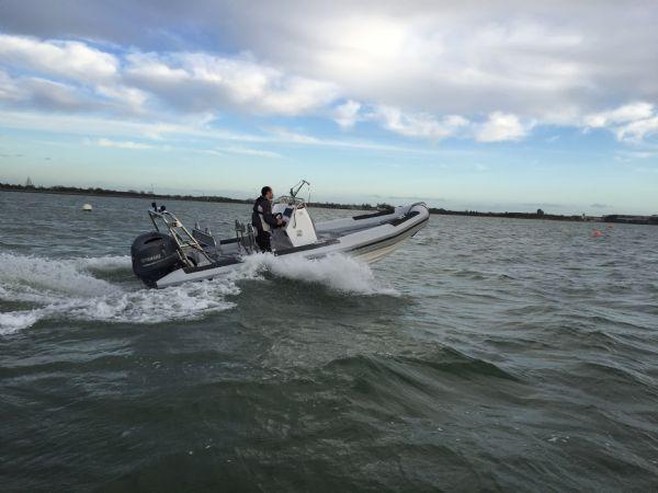 1365 - ballistic 650 rib with yamaha f200g outboard - under way 2_l