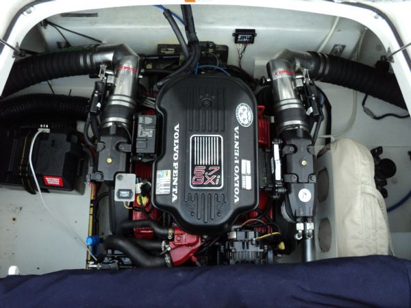 chris craft rumble engine from top_l