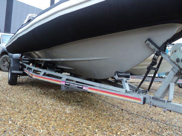 stock - ribquest 6.3 mtr with suzuki df140 - hull starboard side_l