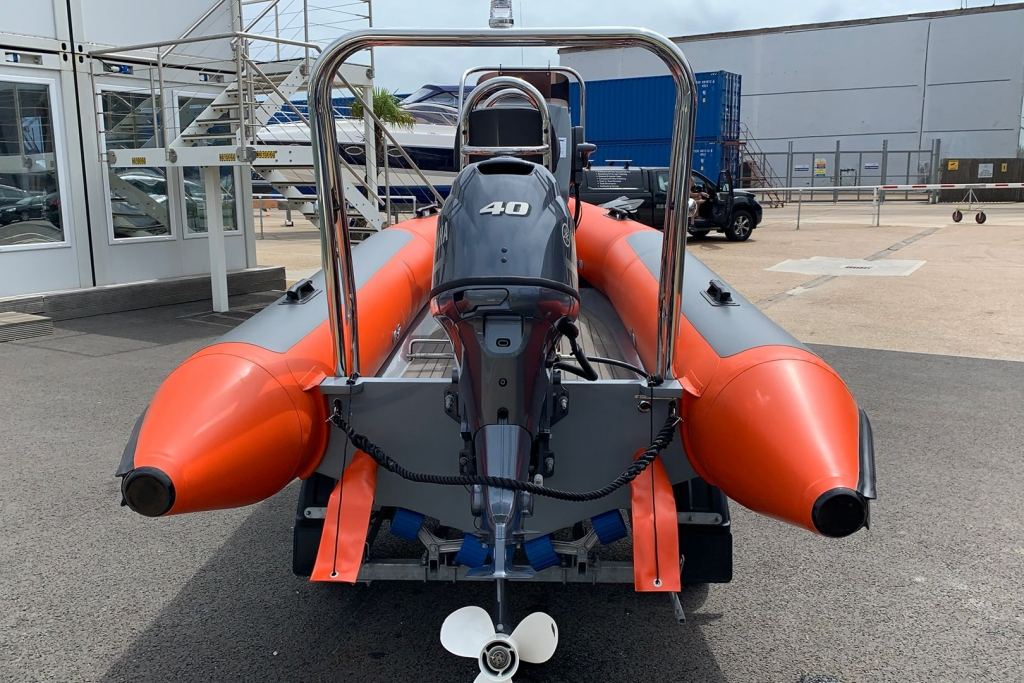 1601 - BALLISTIC 4.2 CLUB RIB WITH YAMAHA F40 ENGINE._3