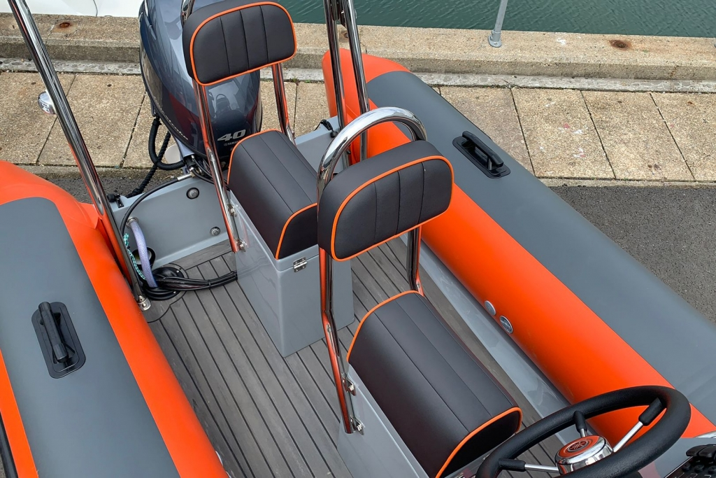 1601 - BALLISTIC 4.2 CLUB RIB WITH YAMAHA F40 ENGINE._8
