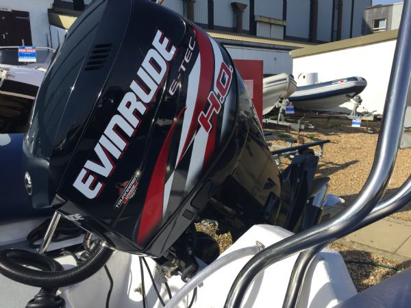 ribtec 740 rib with evinrude 250ho - engine_l
