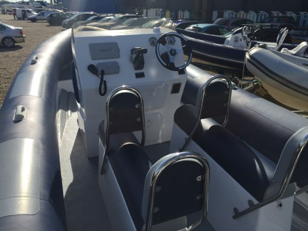 ribtec 740 rib with evinrude 250ho - seating_l